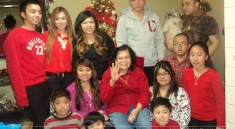 Three families hold Christmas reunion