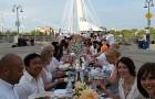 Pop-Up Dinner for 1200 on Esplanade Riel