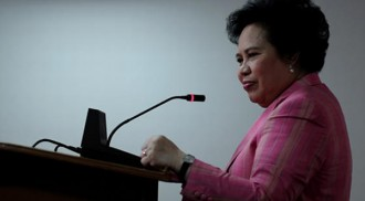 Stage 4 lung cancer hit Senator Santiago