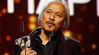 Lav Diaz dedicates Berlin award to Filipino culture