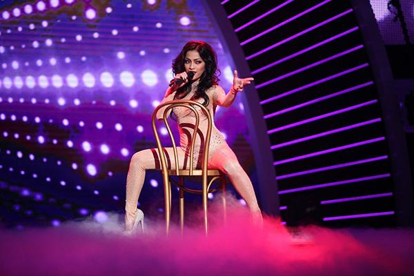 Filipina singer to RGT's grand finals