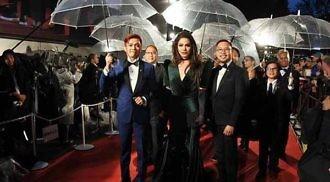 Paolo Ballesteros transforms into Angelina Jolie in Tokyo