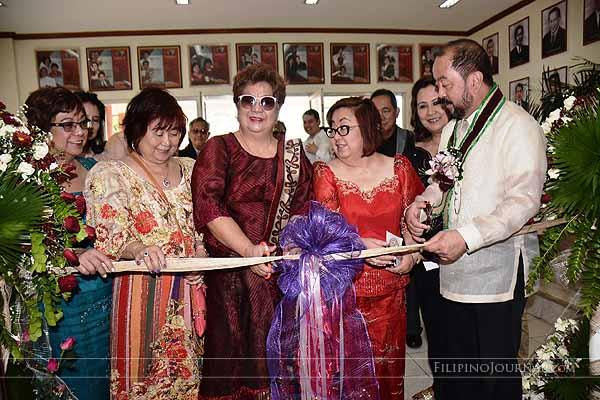 Senator Enverga opens alumni building in honour of his father