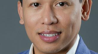 Producer Jhett Tolentino wins Grammy
