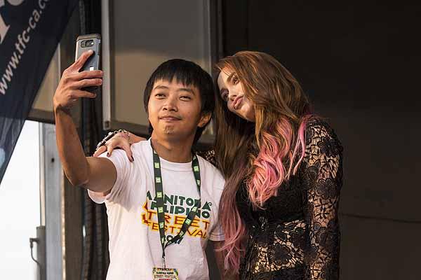 Arci & Noni: 2017 Street Festival Love Team