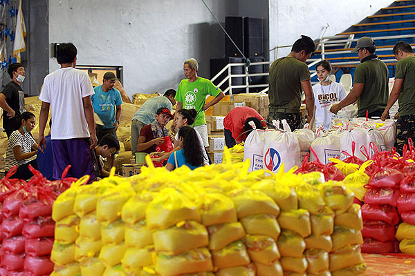 Local officials cite increase in number of Mayon evacuees