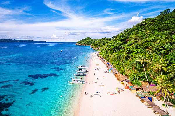Boracay reopens with a handful of tourists
