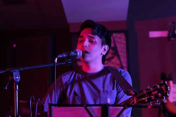 Miguel Mangoma Mirror Man Album Launch Filipino Journal