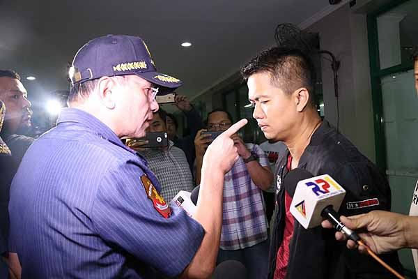 Eleazar fires police chiefs of EPD, Pasay City