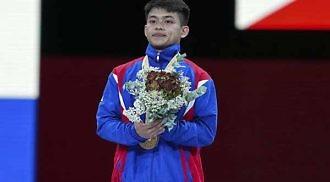 Pinoy gymnast wins historic gold at World Championships