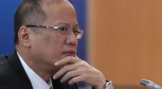Aquino declares support to local music industry