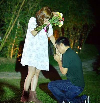 Band frontman Chito Miranda puts on elegant wedding proposition to Actress Neri Naig