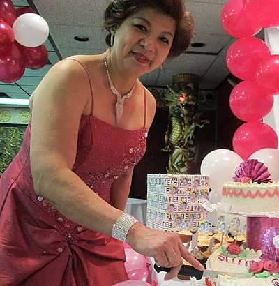 Fely Paredes celebrates 60th birthday with so much enjoyment!