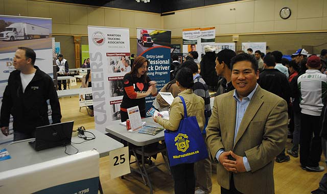 Pagtakhan career fair draws big crowds of job seekers