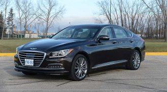 Hyundai Genesis: an elegant AWD beast!