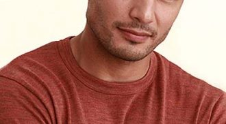 Derek Ramsay may do a movie with Star Cinema