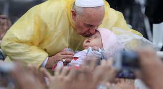 Expression of joy and faith overwhelm Pope Francis