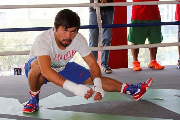 Pacquiao embraces underdog status