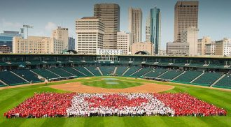3,850 Winnipeggers Form 5th Annual Canada Day Living Flag
