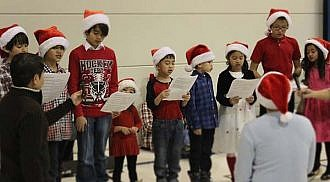 Active Living Seven Oaks Piano Performance & Holidays Carolling Singing