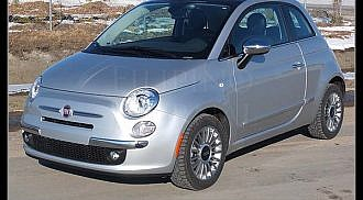 2012 Fiat 500: Amazing little car with classic retro style and seduction