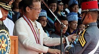 PNoy says new PMA grads must help fight corruption