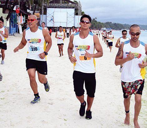 Celebrities among top finishers in Boracay race