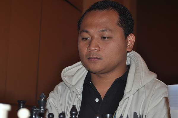 GM Paragua returns to World Cup chess series