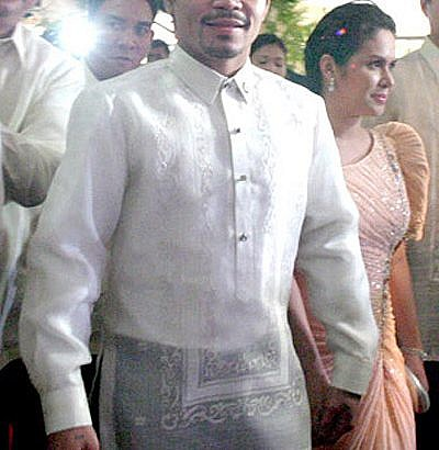 Pacquiao gets austere welcome from fellow congressmen