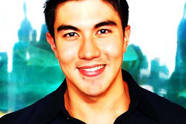 Luis Manzano seems to have a hard time moving on