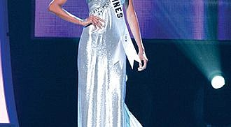 President Aquino congratulates Venus Raj