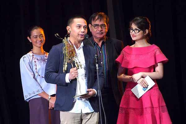 Cinemalaya winner honors late director