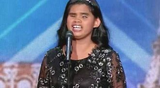 "Blind Pinay singer places 3rd in ""France Has Incredible Talent"""