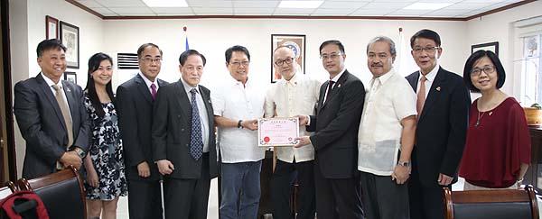 DOLE Secretary Welcomes HK UNION of Employment Agencies