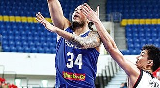 Standhardinger to suit up with Hong Kong in ABL