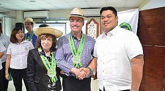 Baliuag welcomes Larry and Tova Vickar and their staff to inauguarate ANCOP Canada's free housing projects