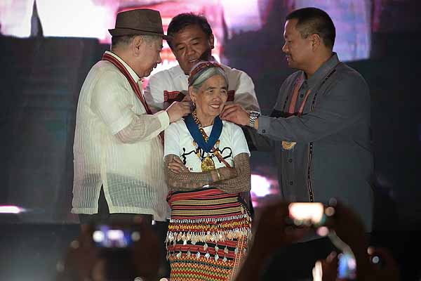 Whang-od receives award for cultural heritage