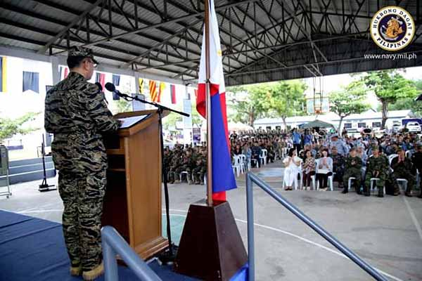 AFP Chief lauds Navy unit's role against state's enemies