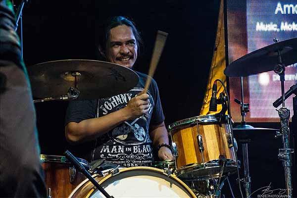 Razorback drummer Brian Velasco dies