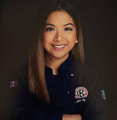Calia Pacle is 2019 Skills Manitoba's Best High School Baker