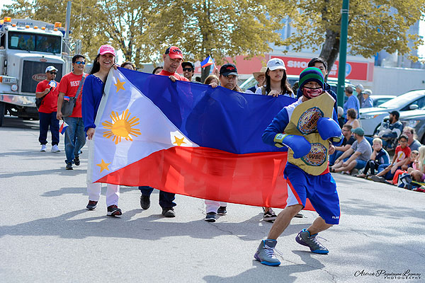 BIBAK and Filipino Morden residents grace the Annual Morden Corn and Apple Festival parade