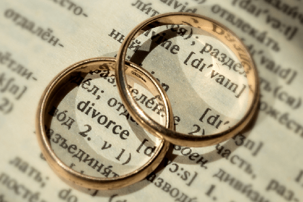 House panel approves divorce bill