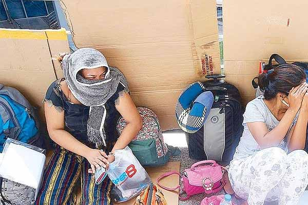 More than 300 LSIs stranded in Metro Manila